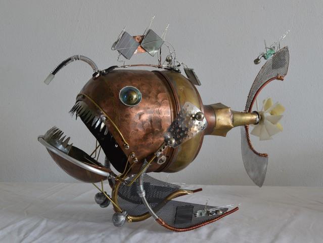 Jake Baddeley - Greetje - scrap metal sculpture - 50 x 55 cm - 2021