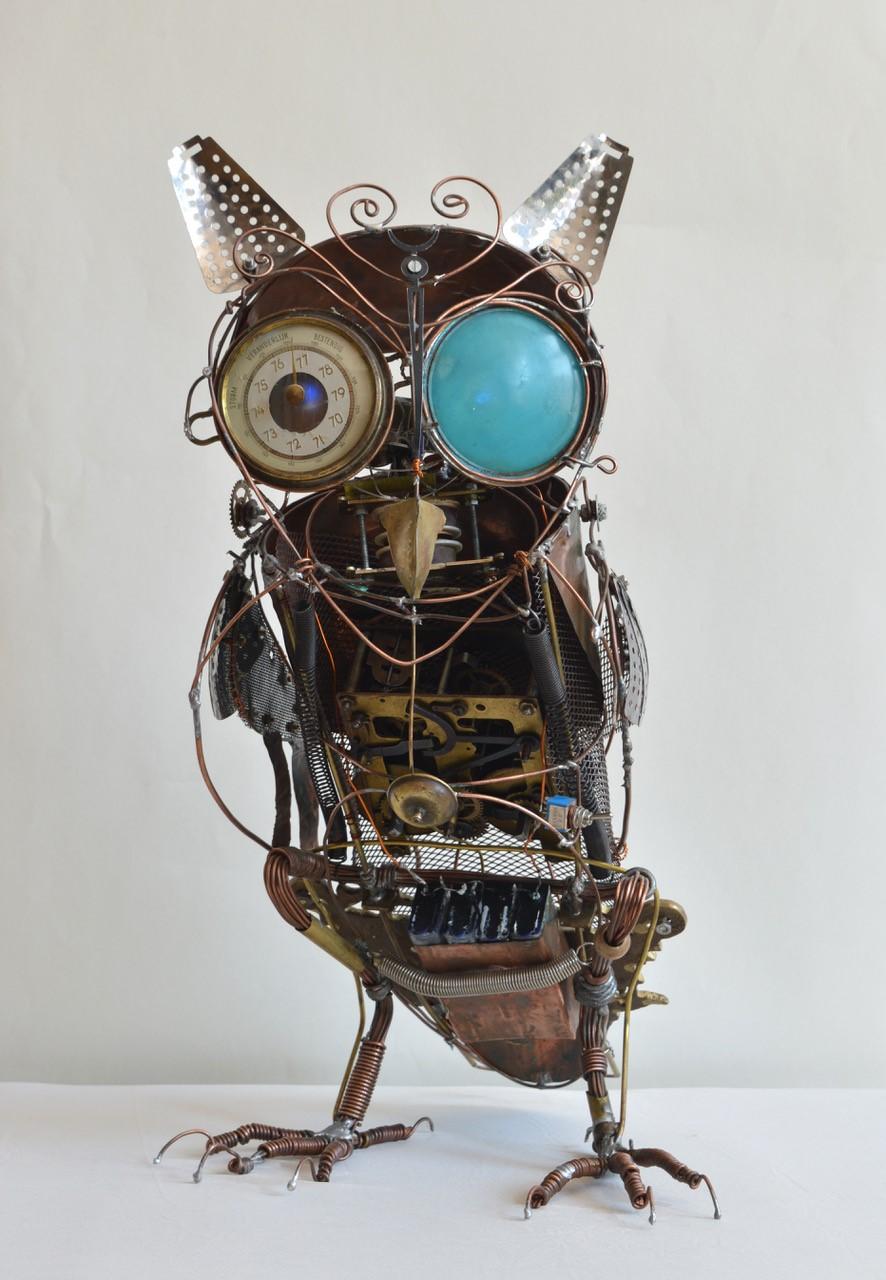 Jake Baddeley - Owl - scrap metal sculpture - 35 x 20 cm - 2021